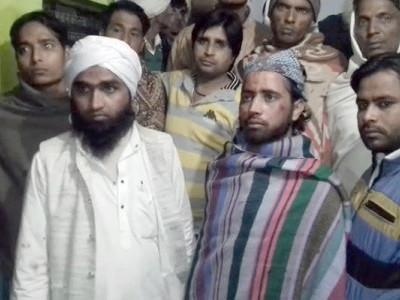 یوگی کے اُترپردیش میں لاء اینڈآرڈر کی تشویشناک صورتحال، اب ٹرین میں تین مسلم اساتذہ کی ہوئی پٹائی، رومال بہانہ مسلم نشانہ