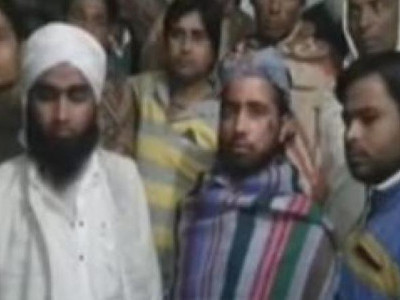 UP: 6 men beat up 3 Muslim clerics on moving train in Baghpat