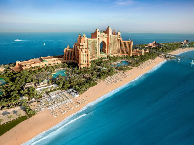 Palm Dubai records a double win at the haute grandeur global hotel awards 2017