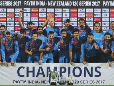 India beat New Zealand by 6 runs in a thriller, clinch T20 series 2-1