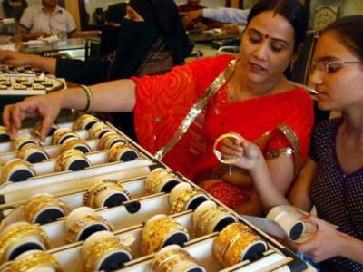 دیوالی پر چمکا سونا، مطالبہ بڑھنے سے قیمتوں میں اچھال