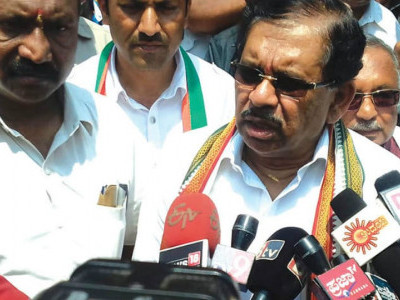 Non-declaration Of CM candidate will not affect Cong prospects: KPCC chief