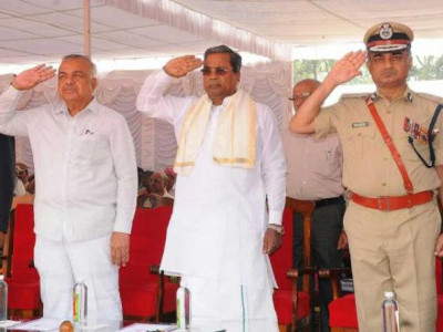 Use technology to prevent crimes, Siddaramaiah advises cops