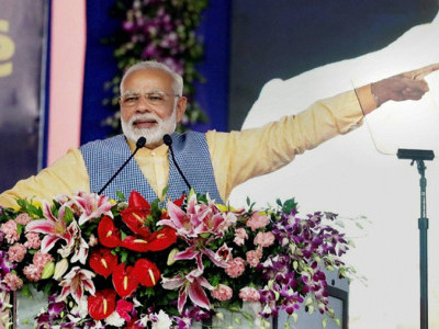 PM slams Congress for questioning EC over Gujarat poll schedule