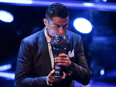 Ronaldo joins Messi as five-time winner of FIFA player award