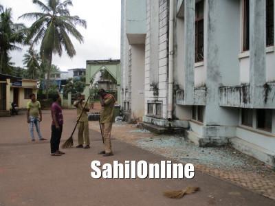 بھٹکل میونسپالٹی عمارت پر پتھرائو کا معاملہ؛ گیارہ گرفتار شدگان کو ملی ضمانت
