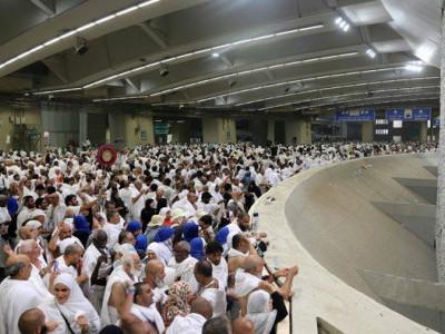 فرش سے عرش تک لبیک اللھم کی صدائیں،مناسک حج کا آغاز؛ عرفات پہنچنے والے لاکھوں افراد میں 175025 ہندوستانی عازمین بھی شامل