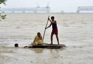 بہار سیلاب متاثرین کی بازآباد کاری کے لئے دل کھول کر تعاون کریں :قاری عبد الرشید حمیدی
