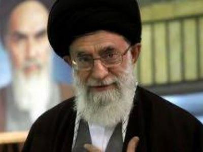 ایرانی سپریم لیڈر کے نمائندے کے دفتر پر مشتعل ہجوم کا حملہ