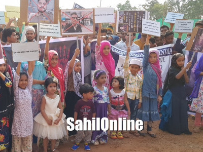 Children, adults protest on Kathua and Unnao rape cases, demand justice and strict punishment for rapists