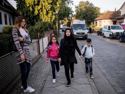 شامی خاتون اوّل ملبے کے بیچ پْرتعیّش زندگی سے لطف اندوز