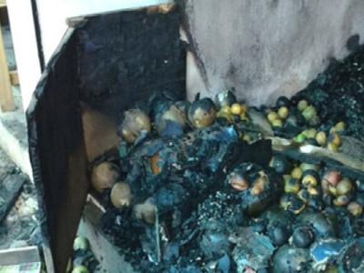 سورتکل عارضی مارکیٹ میں شارٹ سرکیوٹ کی وجہ سے آگ۔ چار دکانوں کو پہنچا نقصان