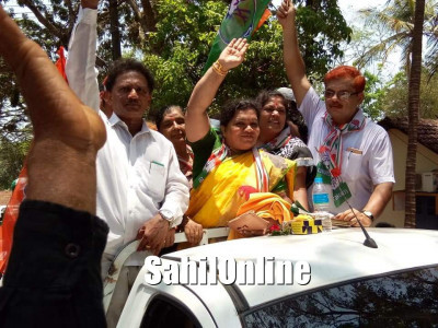 Sharada Shetty files nomination papers as Congress candidate from Kumta-Honnavar constituency