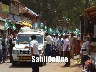 Pradeep Nayak files nominations as JDS candidate from Kumta-Honnavar constituency