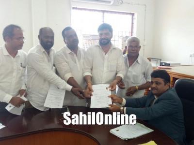 Several files nomination papers in Dakshina Kannada