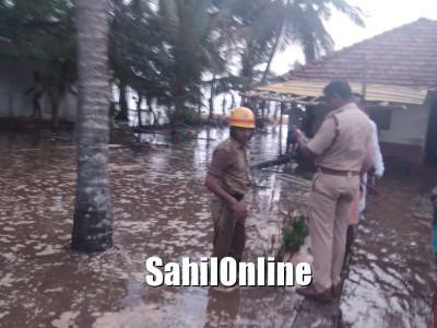 ساحلی کرناٹک: سمندری لہروں میں اچانک اچھال۔الال اورآس پاس کے علاقے متاثر۔ گھروں میں گھس آیا سمندرکا پانی۔ایک لڑکا ہوگیا غرقاب