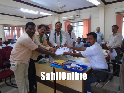 Congress, JD(S), BJP and other candidates file nominations in Karwar