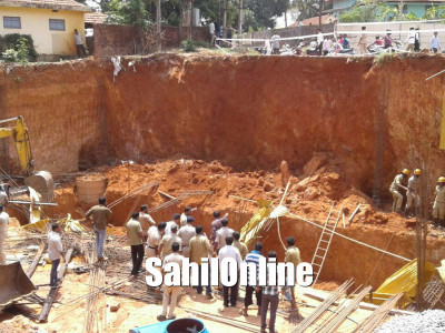 Landslide at construction site in Puttur: 2 workers killed, 4 rescued