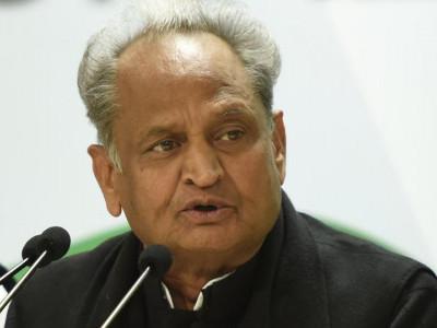 آسارام کیس کے متعلق آنے والے فیصلہ کا لیڈران نے خیر مقدم کیا، اب وقت آگیا ہے کہ سچے اور ڈھونگی باباؤں کے درمیان تمیزکی جائے: اشو ک گہلوت