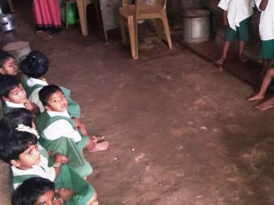 ಮುಂಡಗೋಡ: ದುಸ್ಥಿತಿಯಲ್ಲಿ ಅಂಗನವಾಡಿ ಕೇಂದ್ರ