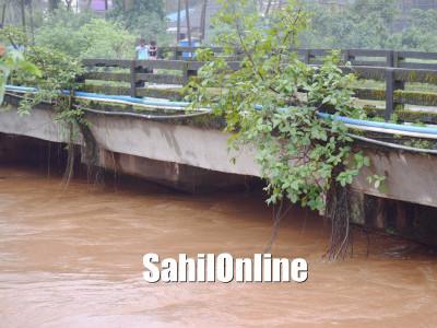 بھٹکل تعلقہ میں مسلسل بارش سے ندی کنارے پر خطرہ :163ملی میٹر بارش
