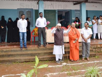 شکاری پور کی گلشن زبیدہ کالج میں جشن آزادی تقریب؛ حافظ کرناٹکی اور سو امی شر ی چننا بسوا نے دیا پُرزور خطاب