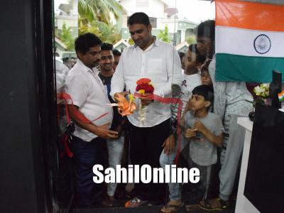 Bhatkal MLA Sunil Naik inaugurated 'scissors' hair dressing saloon in Bhatkal