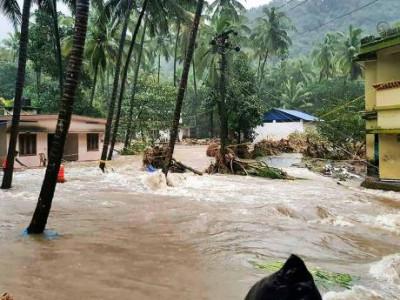 کمار سوامی نے بارش کی تباہ کاریوں کا جائزہ لیا؛ متاثرہ علاقوں میں راحت کاری کے لئے فنڈز کی کوئی کمی نہیں : وزیراعلیٰ