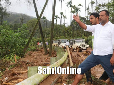Minister UT Khader pays visit to flood affected areas in Madikeri