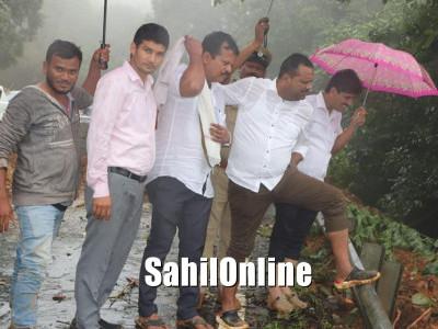 Landslides on Shiradi ghat; Minister Khader along with DC pays visit