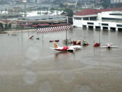 Kerala floods: DGCA asks airlines to add more flights, cap airfare