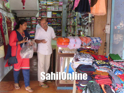 Bhatkal TMC officials seize plastic items from various shops in the town