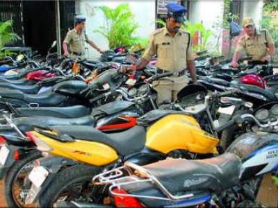 کرناٹک پولیس کی تحویل میں ابھی 18,477ضبط کر دہ گاڑیوں کا ذخیرہ موجود