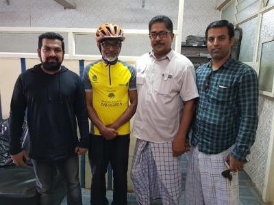 منشیات کے استعمال ،سڑکو ں پر تحفظ اور ماحولیاتی آلودگی سے متعلق بیداری کے لئے بزرگ سائیکل سوار کی مہم؛ بھٹکل میں ایک دن رکنے کے بعد گوا کے لئے روانگی
