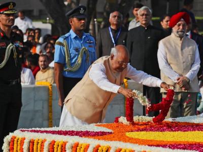 وزیر اعظم نے وجے دِوس کے موقع پر 1971 کی جنگ میں حصہ لینے والے بہادر فوجیوں کو یاد کیا