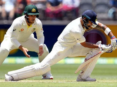 Australia extend lead to 175 after Kohli century