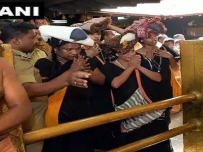 چار خواجہ سراؤں نے سبری مالا مندر میں پوجا کی