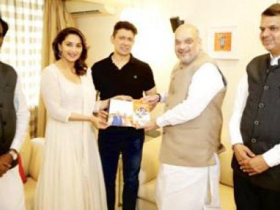 Madhuri Dixit to contest from BJP's Pune seat in 2019 LS polls: report
