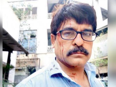 ممبئی میں لوکل ٹرین میں ٹی وی صحافی پر حملہ