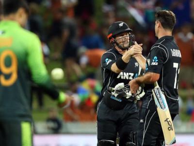 چوتھاون ڈے:نیوزی لینڈ نے پاکستان کو 5وکٹوں سے ہرادیا