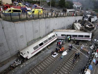14 dead, 180 injured as South Africa train ploughs into truck