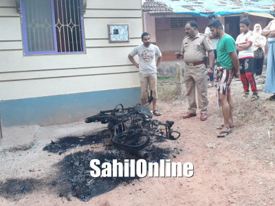 Kundapur: Miscreants set two-wheeler ablaze; locals ask authorities to take action immediately