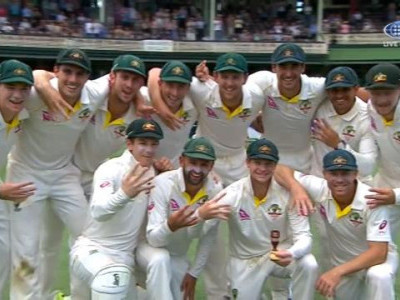 آسٹریلیا نے سڈنی میں انگلینڈ کو اننگز اور123رنز سے شکست دےکر ایشنز سریز 4-0سے جیت  لی