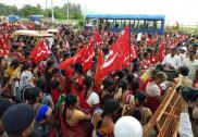 کاروار: آنگن واڑی کارکنوں کے دباؤ میں اضافہ : کارکنوں کا احتجاج