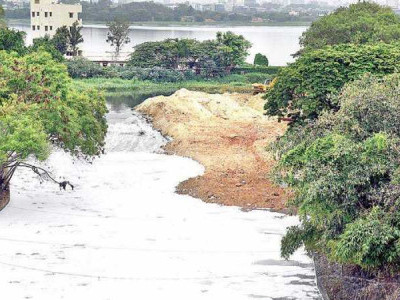 حکومت کس لئے بیلندور جھیل صاف کرنے کے قابل نہیں؟ ہائی کورٹ