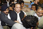 Nawaz Sharif supporters clash with police in Lahore, 50 injured