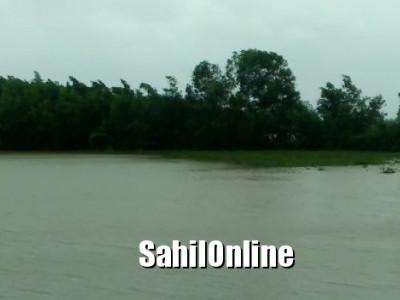سرسی تعلقہ کی ورداندی میں سیلاب:400ایکڑ زمین آب دوز ، فصل برباد ، بھاری نقصان