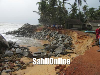 زوردار بارش سے الال اور اس کے اطراف  کے علاقوں میں بڑھ رہا ہے سمندری کٹاؤ؛ کئی مکانوں کو نقصان