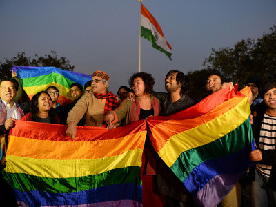 ہم جنس پرستی پرسپریم کورٹ کا اشارہ، جلد رد ہوسکتی ہے دفعہ 377