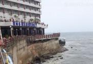مرڈیشور سمندر میں ڈوب کر سیاح لاپتہ؛ تلاش جاری، سیاحوں کو بچانے والے لائف گارڈس کے پاس ایک بوٹ تک نہیں!